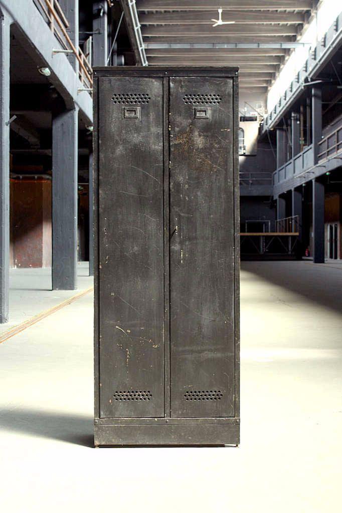 Schlafzimmerschrank design  vintage spind, vintage schrank, vintage industriespind ...