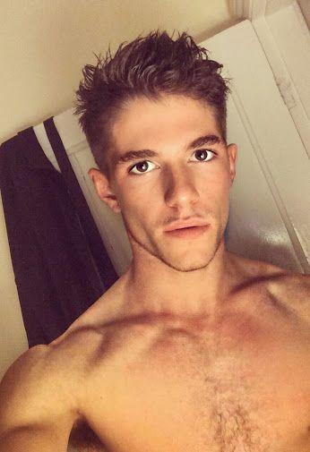 Pin On Hot Guy Selfies