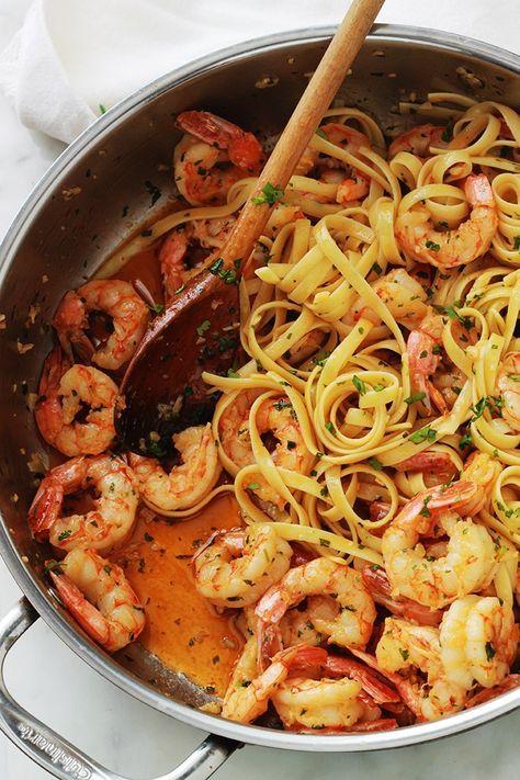 Pâtes aux crevettes à l'ail et persil, recette rapide