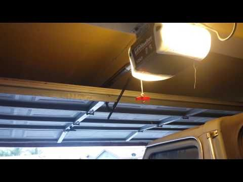 Liftmaster Chamberlain Garage Door Opener Problem Garage Door Opener Troubleshooting Chamberlain Garage Door Opener Garage Doors