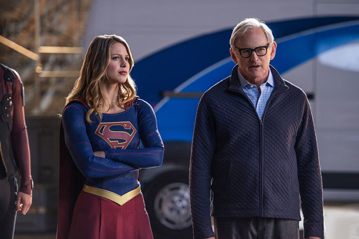 supergirl-flash-arrow-legends-crossover-photos-64
