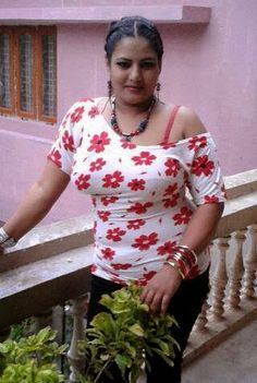 Tamil nadu aunty sex photos — photo 9