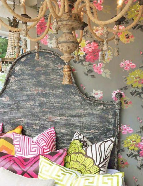 Farbgestaltung Fürs Jugendzimmer U2013 100 Deko  Und Einrichtungsideen   Bett  Kissen Mädchen Zimmer Abgenutzt Kopfteil