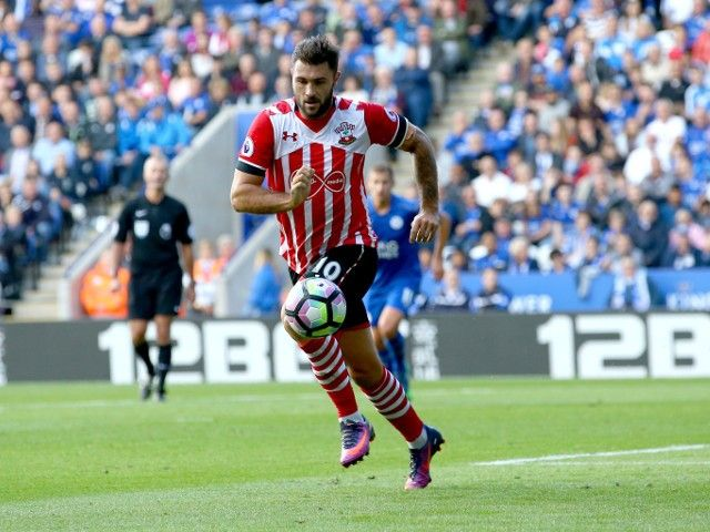 Result: Charlie Austin on target twice to down former club Burnley #Southampton #Burnley #Football