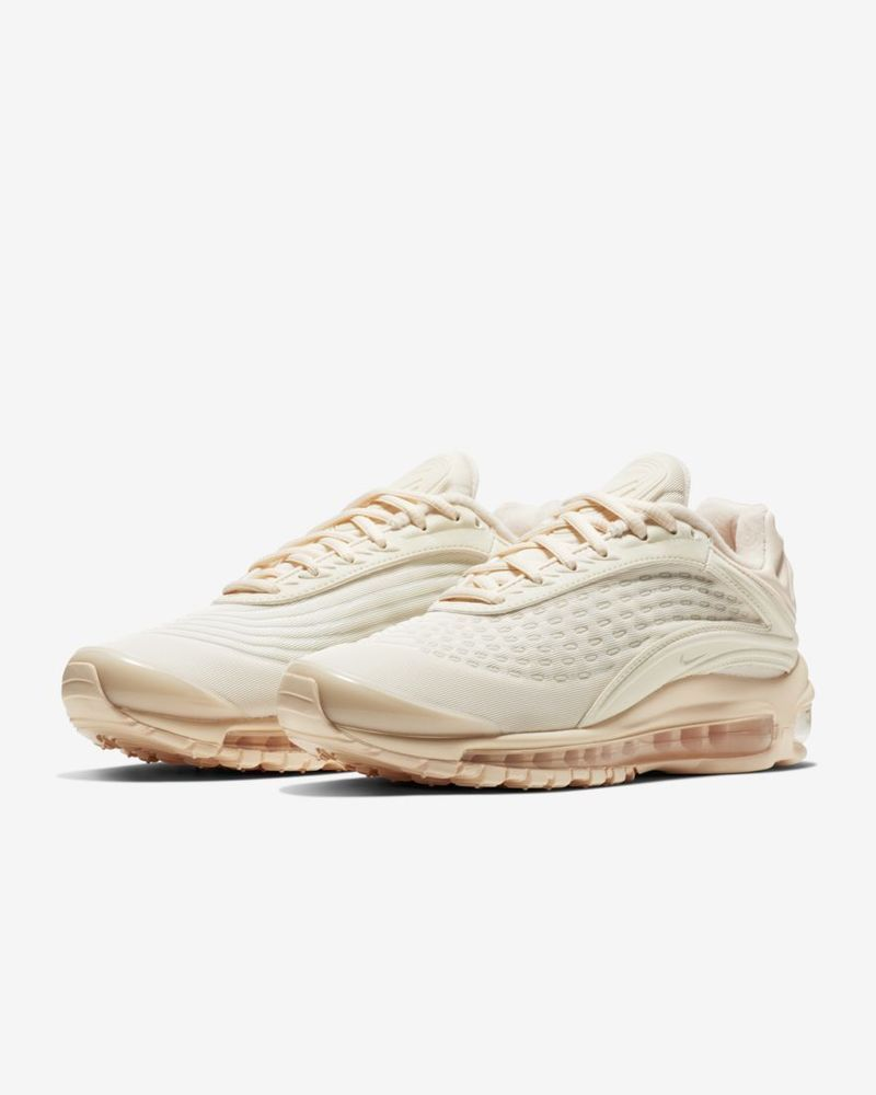 30b229f05095 Women s Nike Air Max Deluxe SE