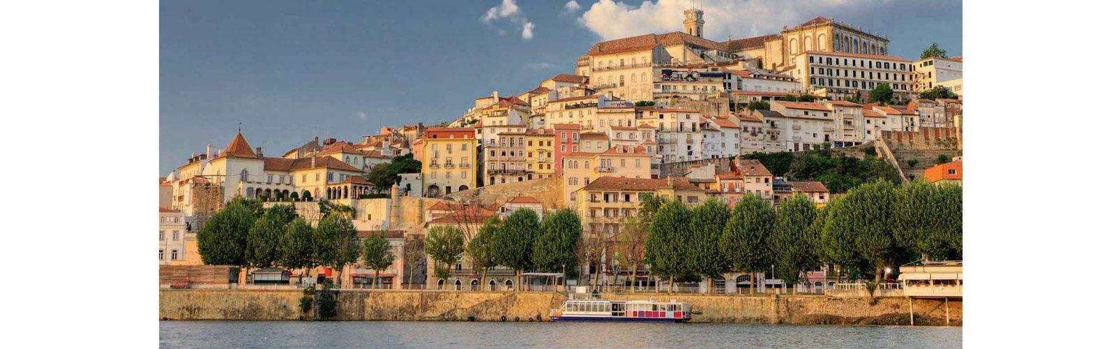 http://www.revistaport.com/coimbra-e-a-capital-oficial-de-portugal/