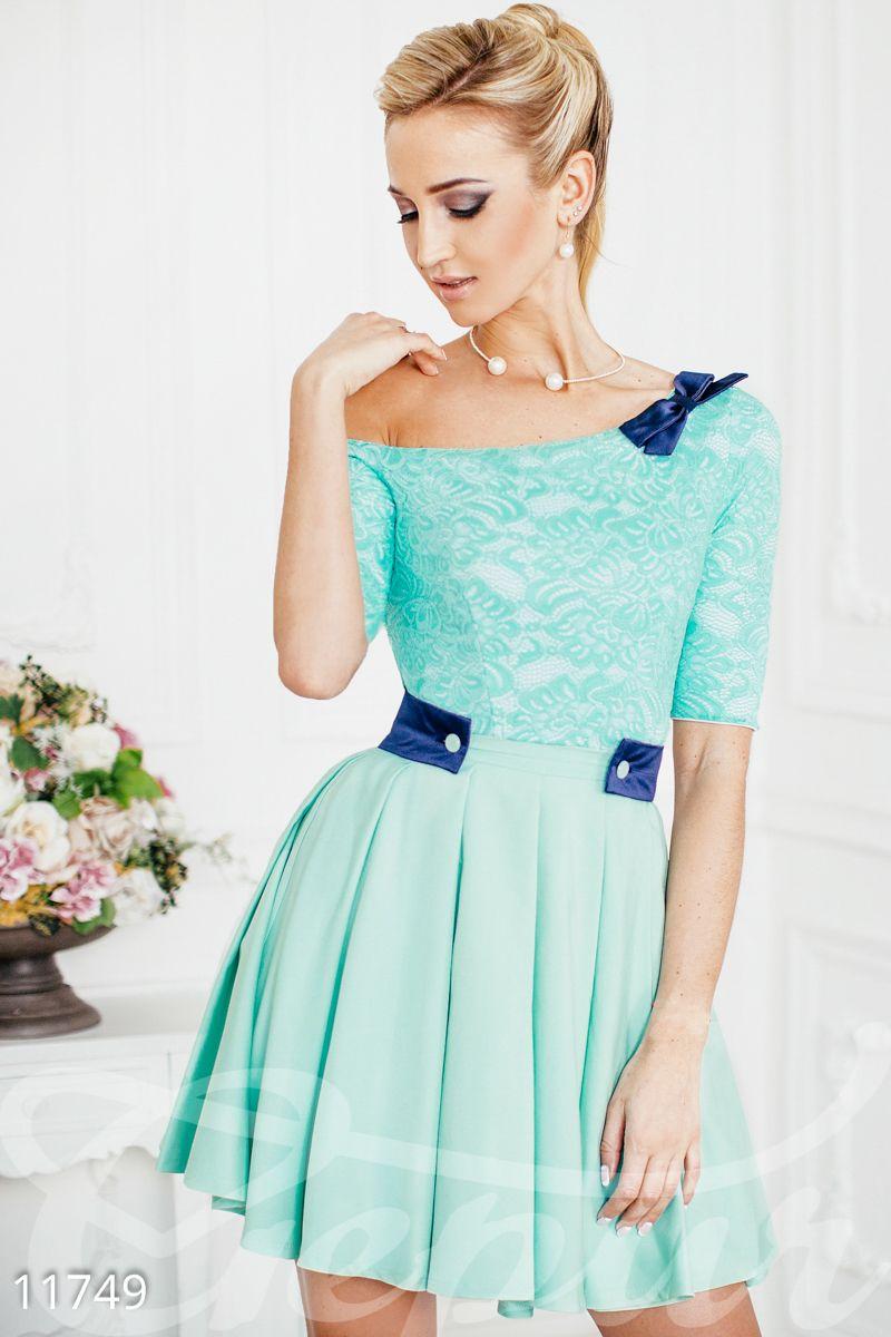 e2c00de3d15 Элегантное платье на одно плечо с юбкой-солнцем. Тянущийся гипюр на  трикотажной