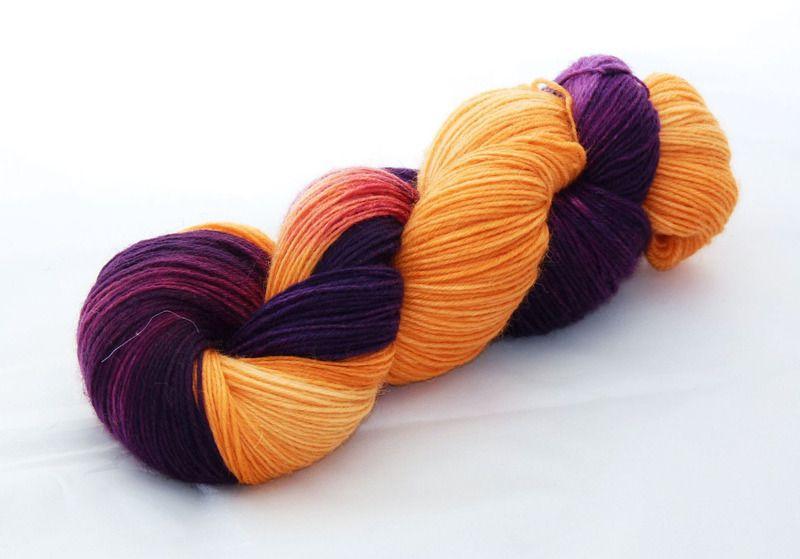Sockenwolle, handgefärbt, Atelier Zitron von Die Kleine Wollfabrik auf DaWanda.com