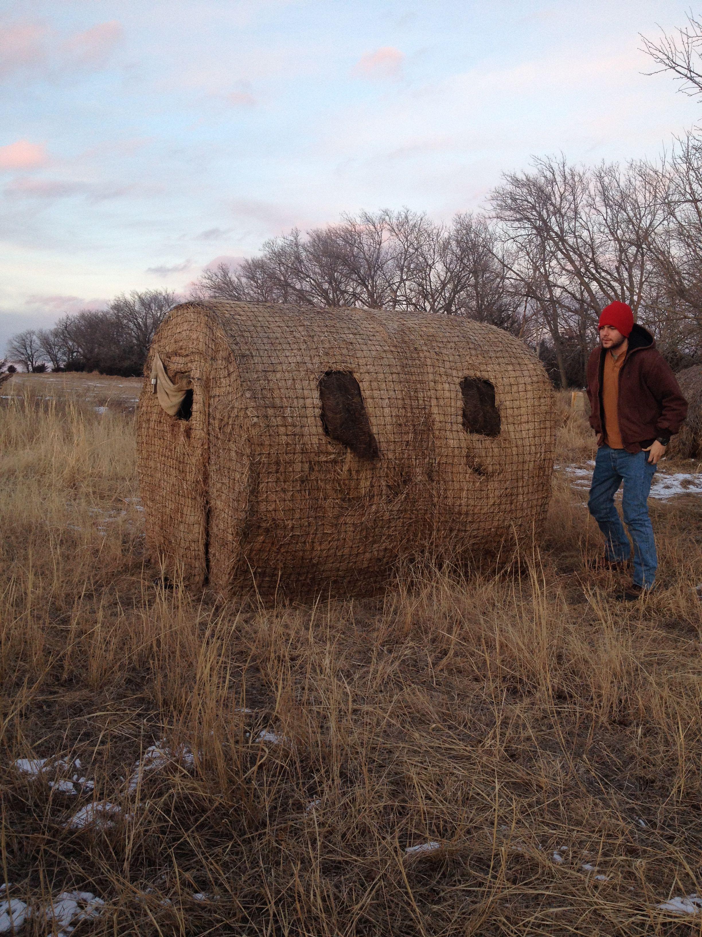 Genius Deer Blind Looks Just Like A Hay Bale Hunted In