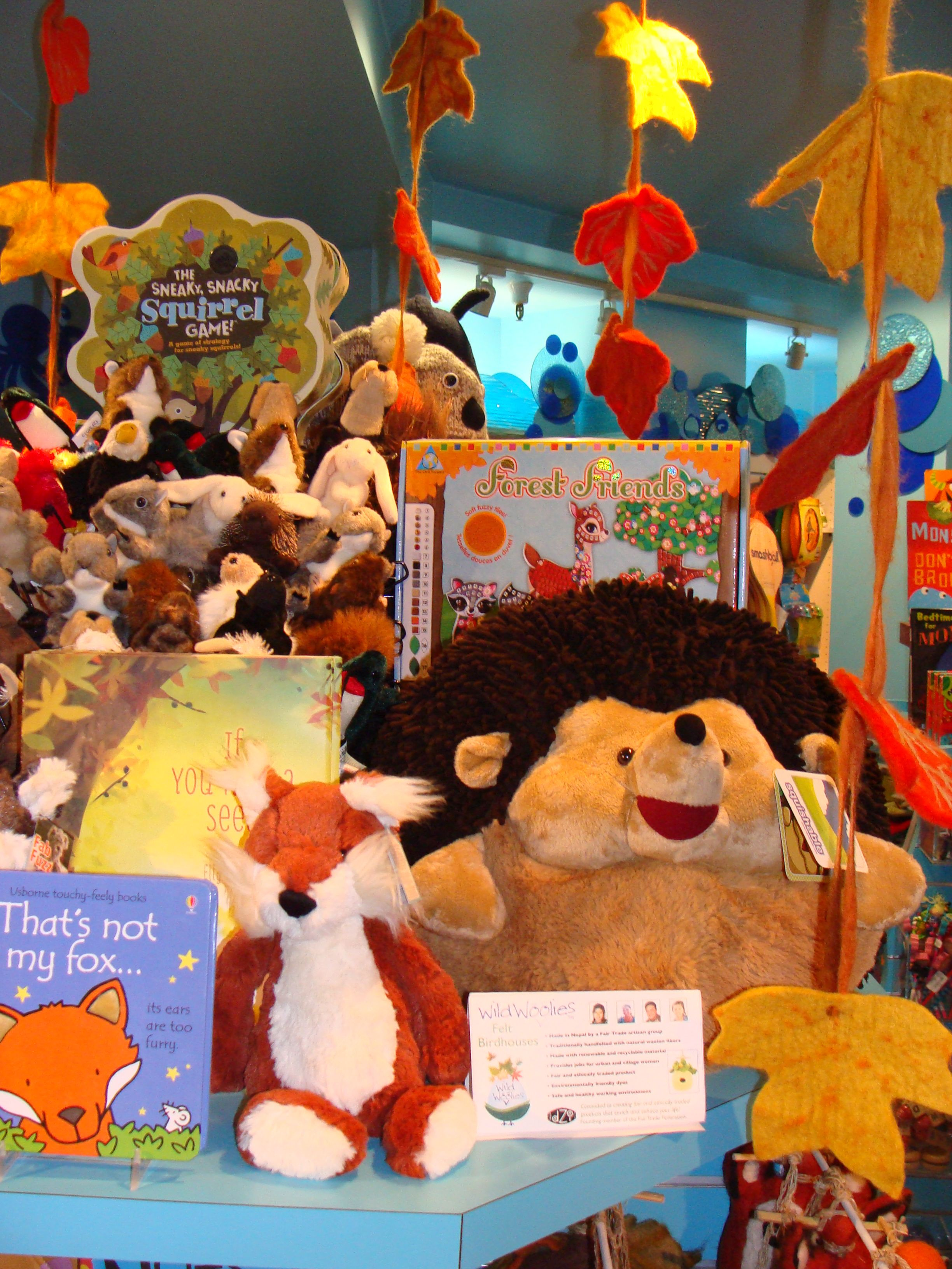 These adorable fox and porcupine are longing to find a ...