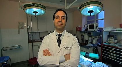Did you miss Dr. Raffi Hovsepian's interview with London based Show Daybreak on Sky News? In light of the recent Tony Awards, Dr. Hovsepian explains how celebrities prepare for major award shows and Red Carpet events. You can watch the video at :  http://rhmdplasticsurgery.com/in-the-news/beverly-hills-media/how-the-stars-prepare-for-the-red-carpet/   #drraffihovsepian #skynews #daybreak #london #tonyawards #redcarpet #hollywood #celebrity
