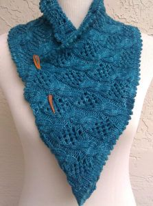 Free Knitting Pattern for My Dolphin Cowl   Infinity scarf ...