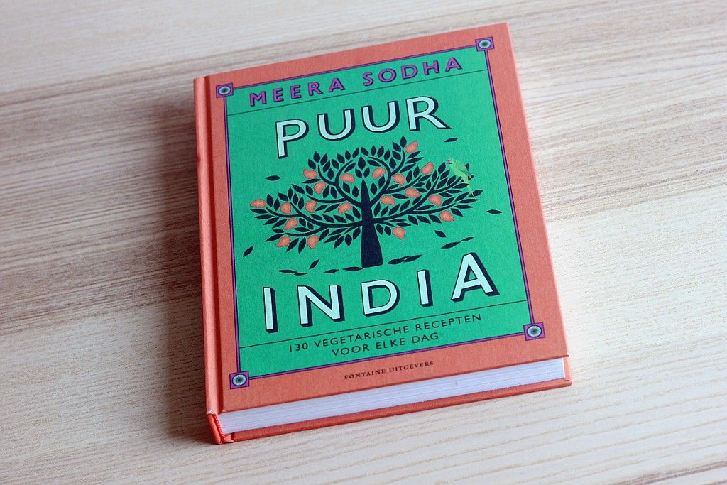 Volgens Meera Sodha was haar tweede kookboek zoiets als het uitbrengen van een tweede album bij populaire artiesten: moeizaam. Toch mag het resultaat er zeker zijn. Ik zou zelfs durven zeggen dat ik dit boek nog cooler vind dan Made in India en dat vond ik al een fijn boek. Het is helemaal gewijd aan groenten en toevallig ook nog eens compleet vegetarisch.