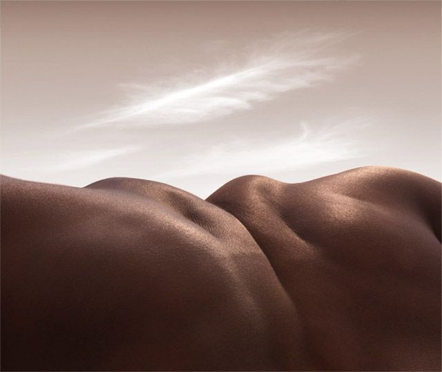 Landscapes Formed From Human Bodies By Carl Warner Skin Landscapes Body Body Photography Carl Warner Human Body