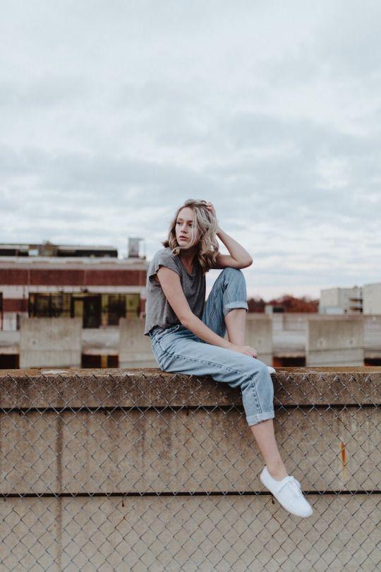 Kellyelainesmith Rooftop Photoshoot Photography Poses Women Photoshoot Poses