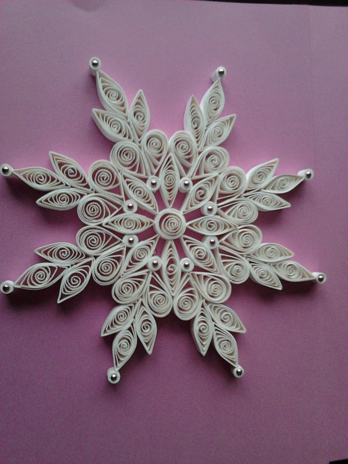Christmas lace quilled snowflake ornaments quilling for Paper quilling designs