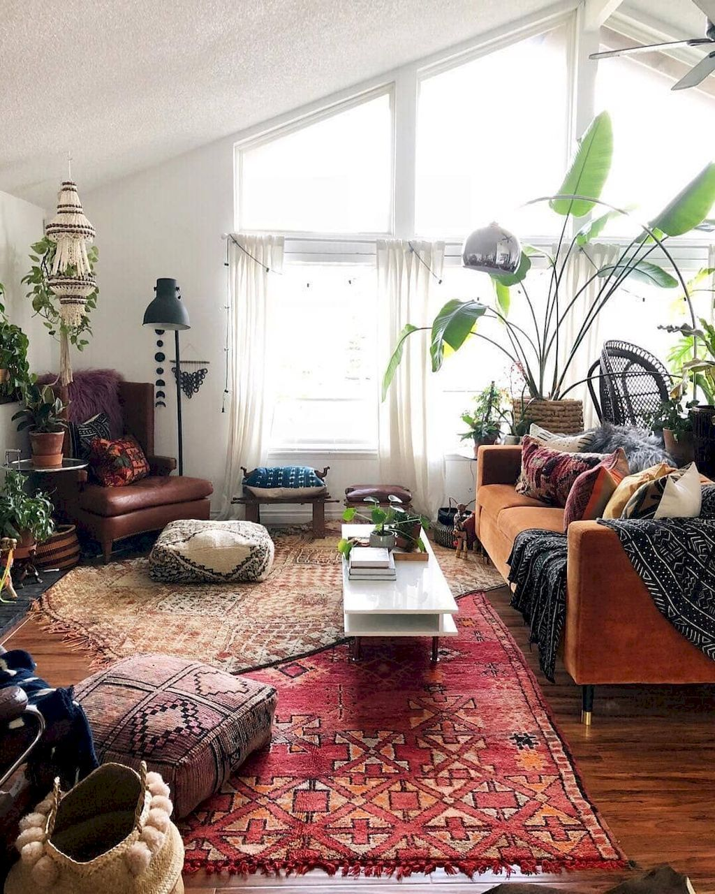 70 Apartment Living Room Decorating Ideas | Eclectic ...