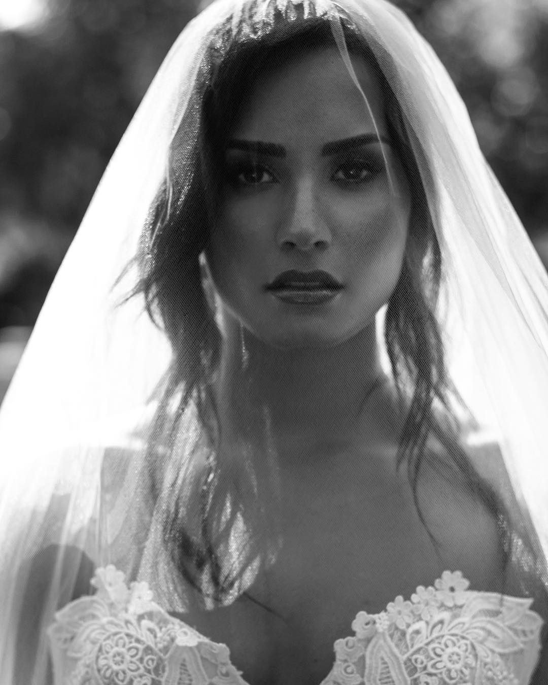 Demi Lovato Made Us All Believe In Wedding Black And Whites Demi