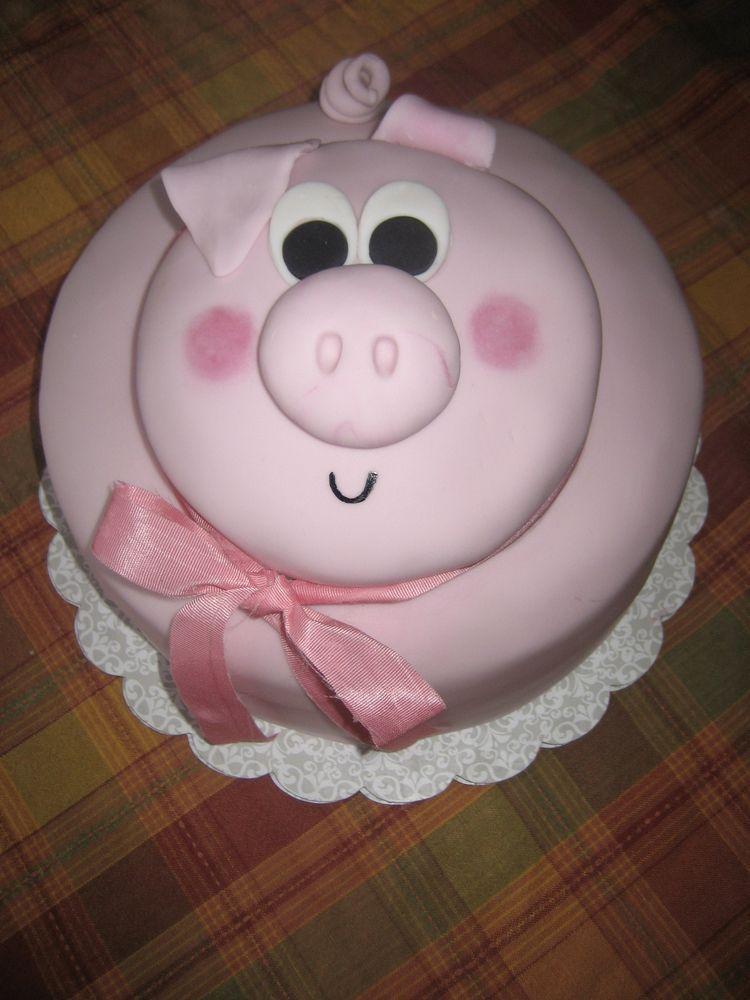 Little Miss Piggy Birthday Cake