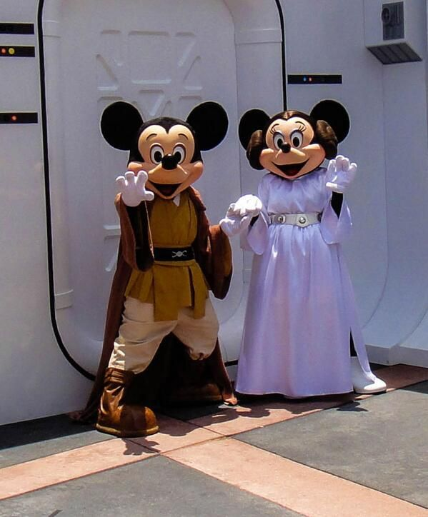 Star Wars Weekends at Disney's Hollywood Studios is just around the corner! #MayThe4ThBeWithYou