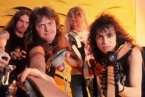 #wattpad #de-todo Libro número dos de las curiosidades de Metallica, ¡Wattpad no permitía más de 200 partes! Así que, sigamos con la fiesta metalera con nuevas anécdotas nunca antes vistas. ¿No haz leído la primera parte? ¡Tranquilo! Aquí el link: http://my.w.tt/UiNb/7Et54gE04s