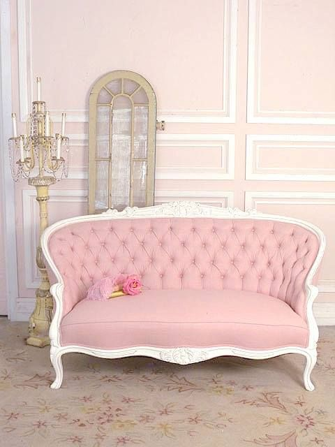 Amo Este Sofa Vintage Rosa Www Piensaenchic Com Heba Modern Sofa