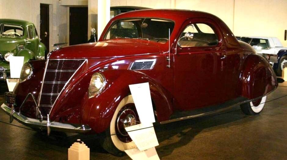 1937 lincoln zephyr coupe auburn cord duesenberg museum for 1936 lincoln zephyr three window coupe
