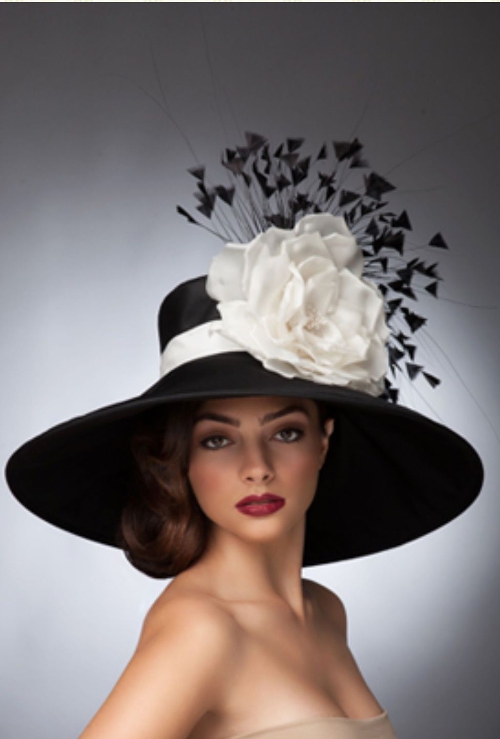 Elegant. . Women In Hats Kentucky Derby