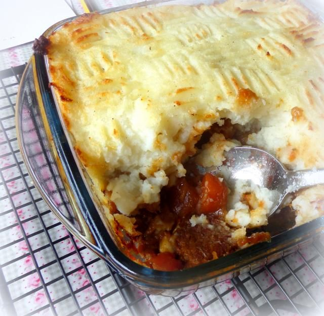 The English Kitchen Using Up Leftovers Beef Stew Leftovers Recipes Leftover Beef Stew Roast Beef Stew