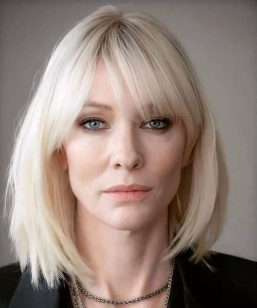19 Of the Versatile Medium Hairstyles With Bangs for Women Over 40 | Bangs with medium hair ...