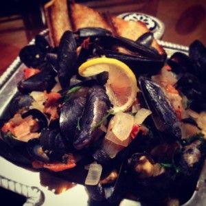 Mussels in white wine sauce with Bourbon Barrel Foods' Worcestershire
