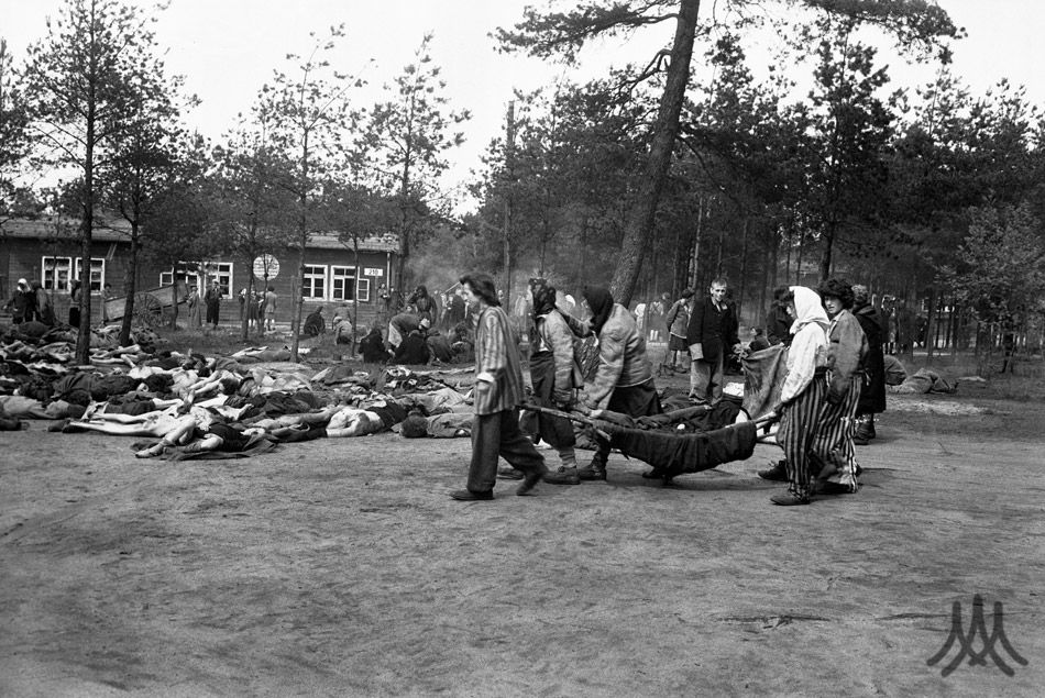 Großes Frauenlager (Large Womens Camp)