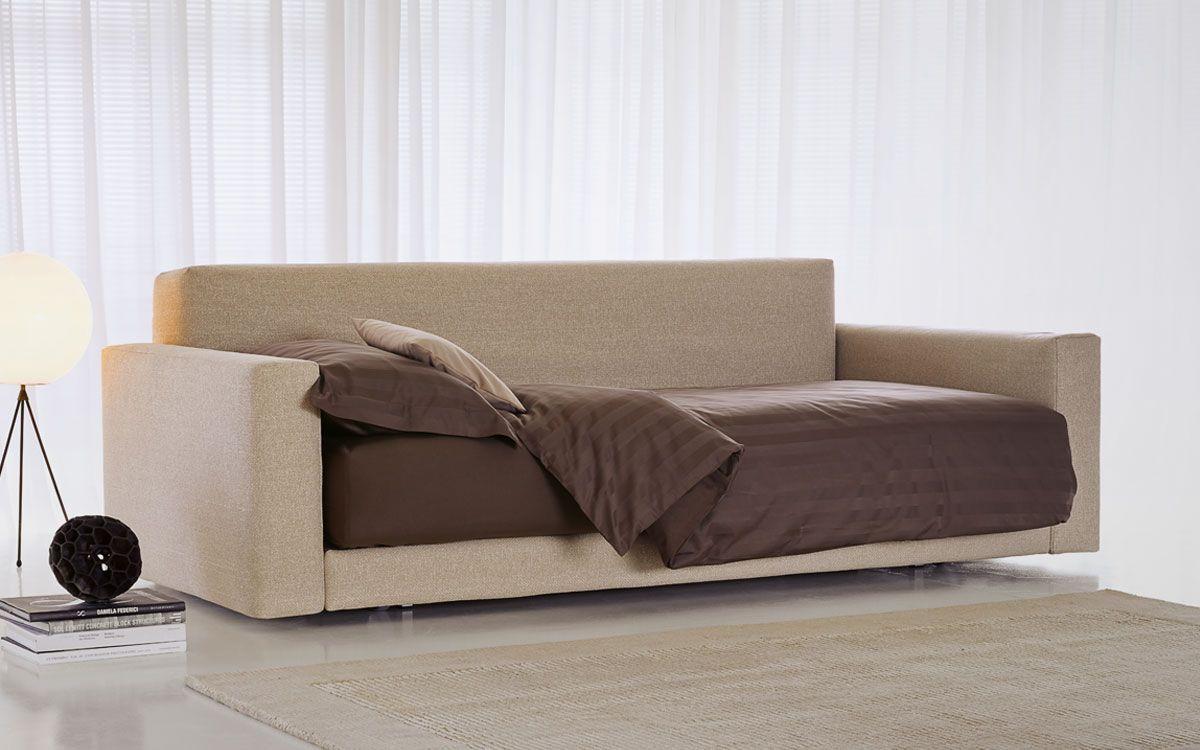 Pin di flou su piazza duomo by flou sofa furniture sofa for Regalo divano letto