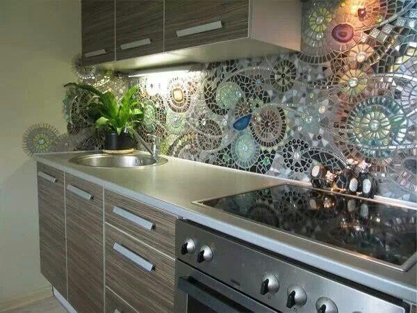 Mesada de la cocina azulejos decorados tipo vitral - Tipos de azulejos para cocina ...