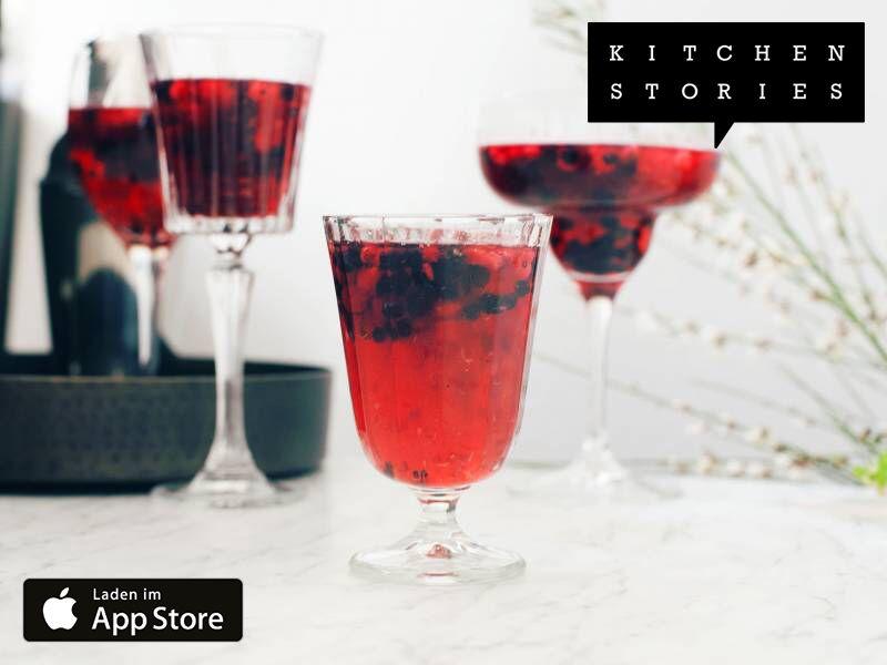 Ich koche Erfrischendes Proseccosüppchen mit Beeren mit Kitchen Stories. Einfach köstlich! Hol dir jetzt das Rezept: http://getks.io/de/2824