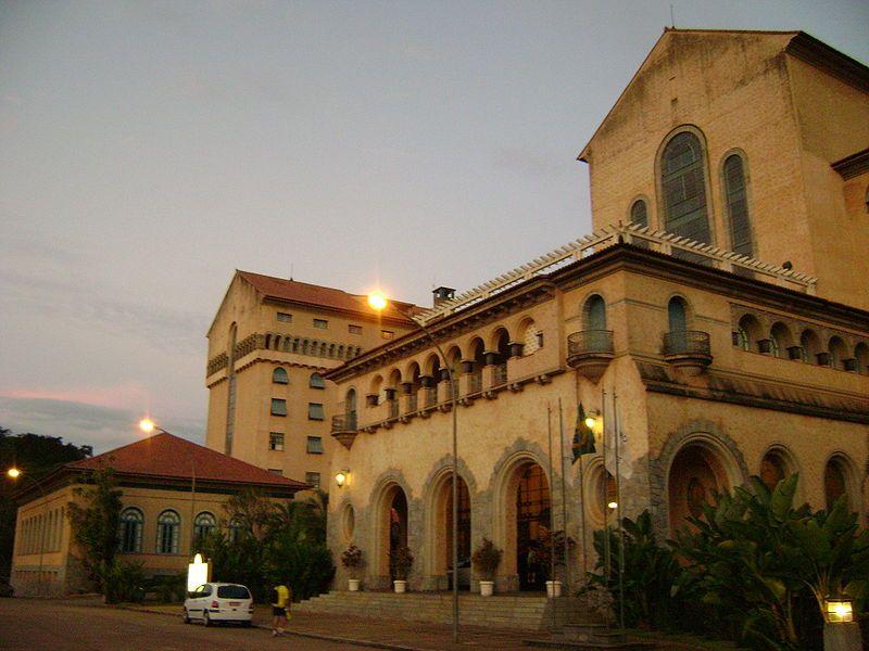 Grandehotel - Grande Hotel de Araxá – Wikipédia, a enciclopédia livre
