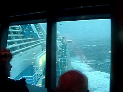 Heavy Seas On Diamond Princess Cruise Ship YouTube STORM - How heavy is a cruise ship