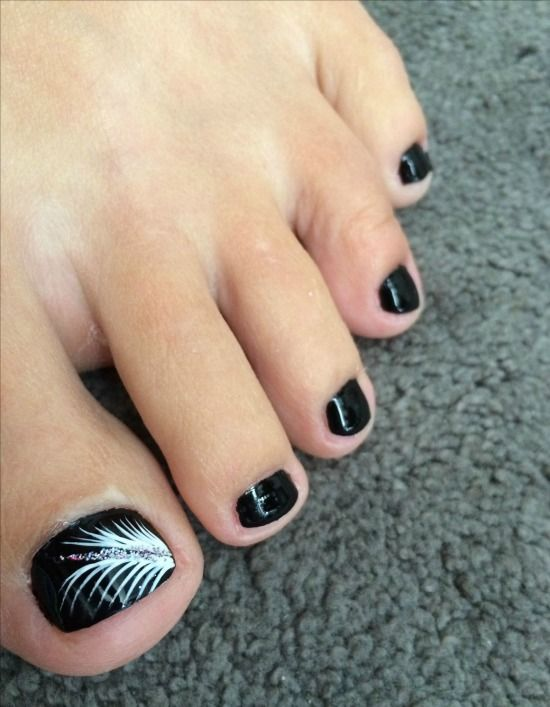 35 Simple And Easy Toe Nail Art Design Ideas You Can Try Out At Home Simple Toe Nails Black Toe Nails Toe Nails