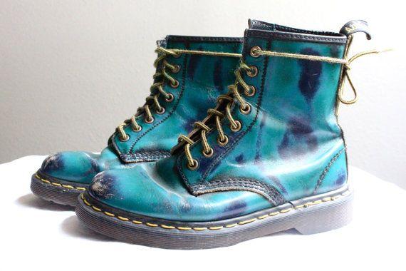 fantastinen säästö maksaa viehätysvoimaa ei myyntiveroa Vintage Rare Turquoise Doc Marten Boots by claudedonohoshop ...