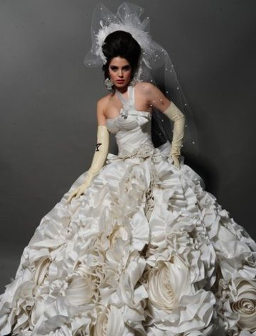MOST EXPENSIVE WEDDING GOWNS | List of The Most Expensive Wedding ...