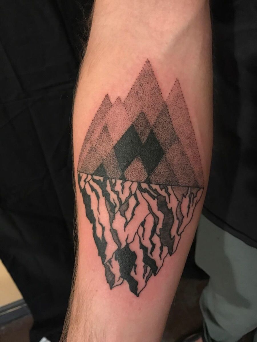 Mountains By Josh Stephens At Hold It Down Richmond Va Tattoos Cool Tattoos Tattoo Artists