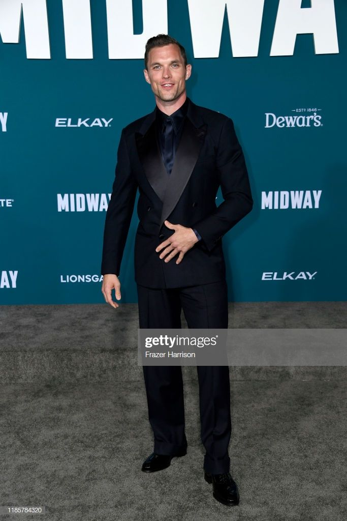Ed Skrein attends the premiere of Lionsgate's