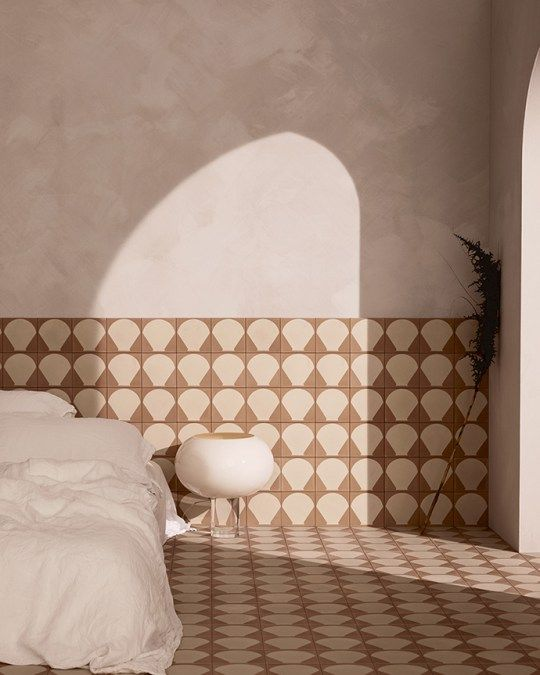 Eclectic Trends Mediterrenena vibes in Sarah Ellison new tiles