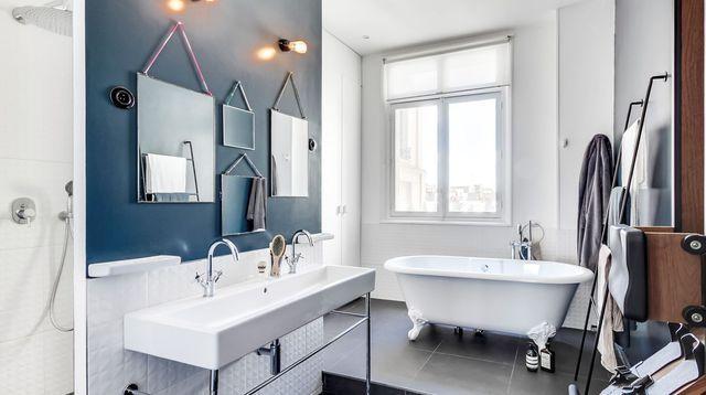 Bleu dans la salle de bains  10 inspirations déco Bath, House and