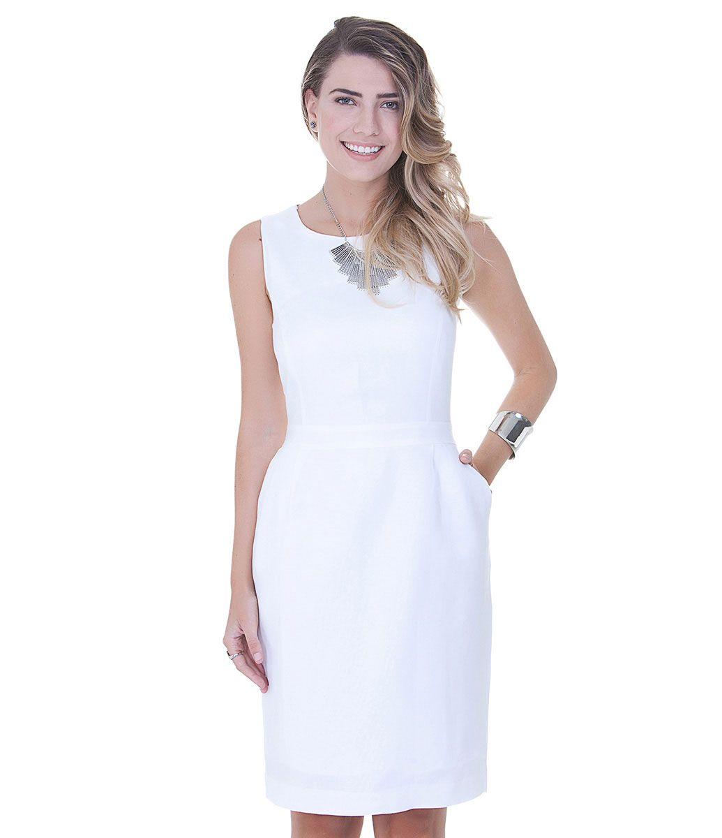 Vestido feminino Modelo tubinho Com recortes Detalhe de costura na ...