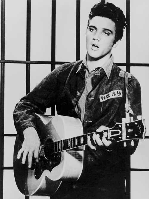 Pin By Mystikal Kat On Elvis Presley Elvis Presley Elvis Presley Young Elvis Presley Albums