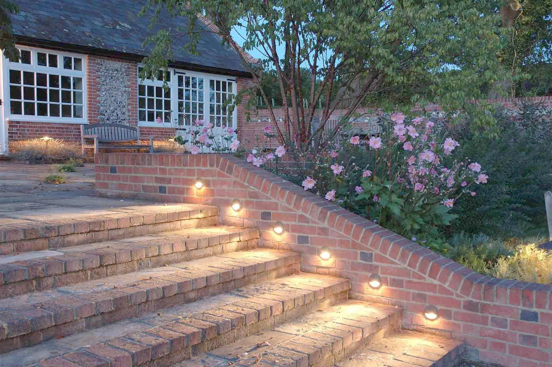 Malibu Outdoor Landscape Lighting Kits One Malibu Landscape Lighting Led Bulbs A Landscape Lightin Garden Lighting Design Outdoor Stair Lighting Outdoor Stairs