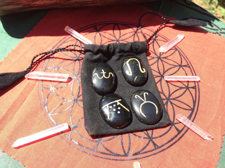 wiccan set wiccan symbol stones spring summer autumn winter velvet