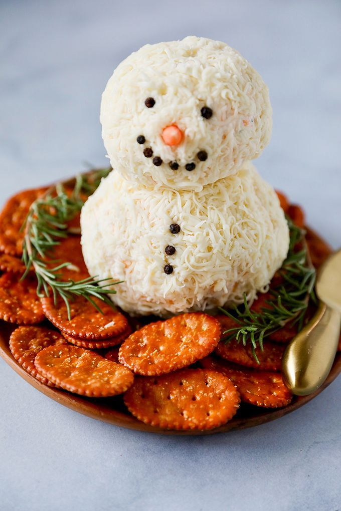Snowman Cheese Ball Easy Christmas Appetizer