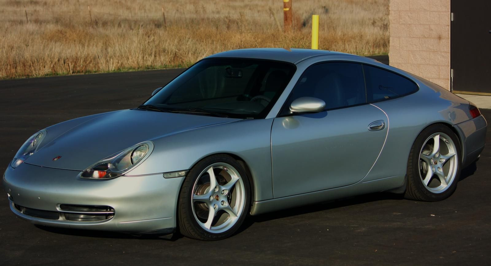 Lowered 996s in here rennlist discussion forums